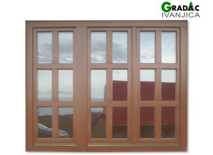 Trokrilni drveni prozor, stolarija Gradac, Ivanjica