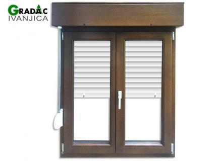 Dvokrilni drveni prozor od lameliranog drveta sa aluminijumskom roletnom, stolarija Gradac, Ivanjica