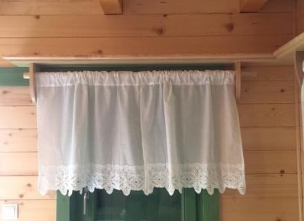 Enterijer brvnare - prozor, stolarija Gradac, Ivanjica